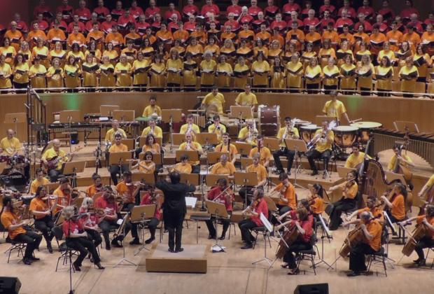 Nace la Orquesta Filarmonía